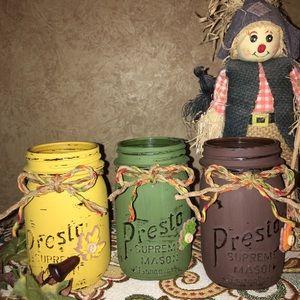 Rustic Inspiration Distressed Mason Jars